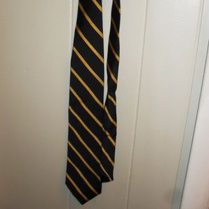 Croft & Barrow Blue and Gold Neck Tie